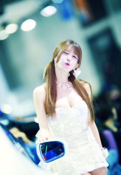 Heo_Yun_Mi_070513_023