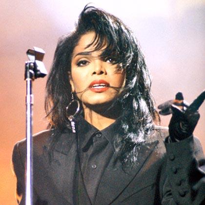 Janet-Jackson-9542443-3-402